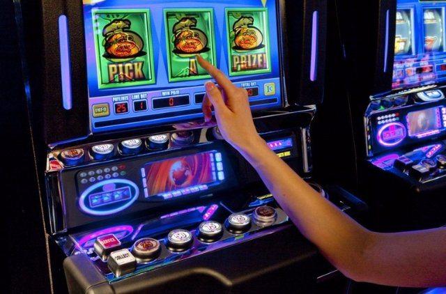 Заработок на игровых автоматах – в казино Вулкан 24 это реально